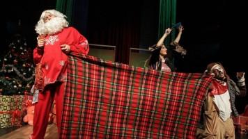 """Представа """"Шашава новогодишња бајка"""" одушевила малишане"""