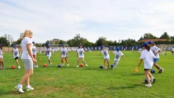 Отворена забавна школа фудбала