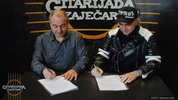 Установа Гитаријада потписала протокол о сарадњи са бугарским рок фестивалом