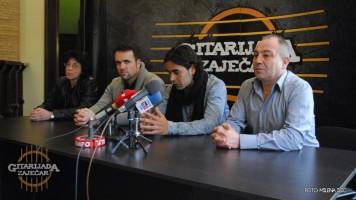 Одржана прес конференција Данијела Касареса у Установи Гитаријада