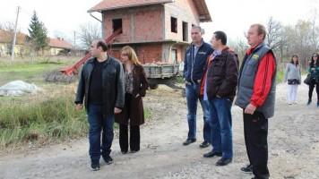 Сређени атарски путеви у Лубници