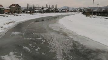 Путеви проходни,а на Црном Тимоку има леда