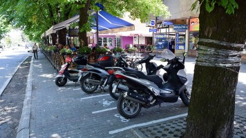 Паркиралишта за мопеде и мотоцикле