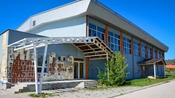 Перуничић: Спортска хала у Котлујевцу биће уређена до септембра