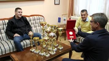 Град ће помоћи развој ауто спорта у Зајечару