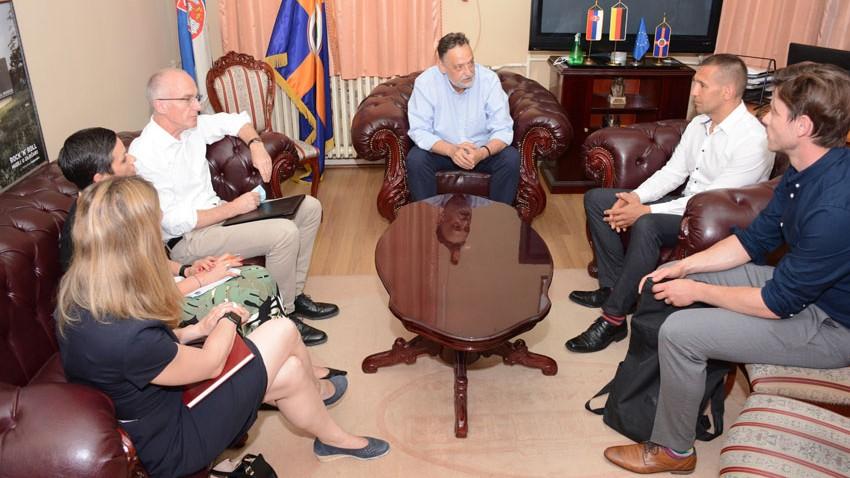 Амбасадор Немачке Томас Шиб у Градској управи: Пуна подршка за даљи развој града Зајечара