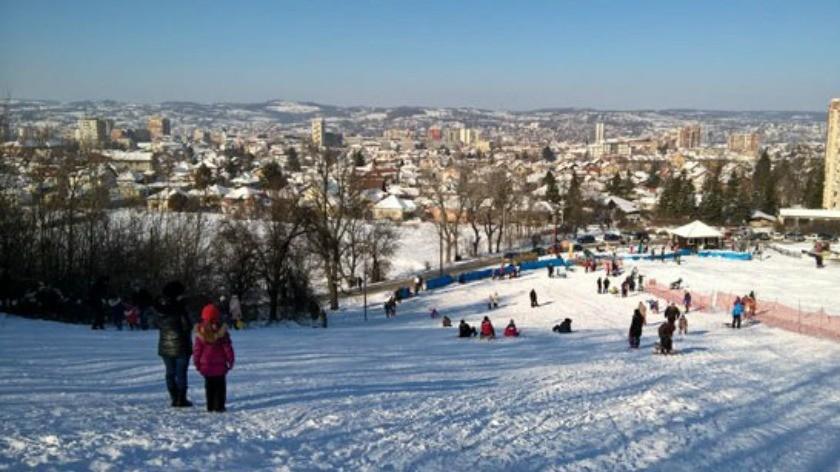 Бесплатно скијање за школарце током распуста