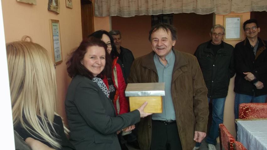 Град Зајечар уступио просторије и опрему Удружењу пчелара Грљан