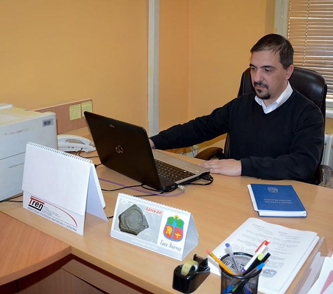 Александар Петровић